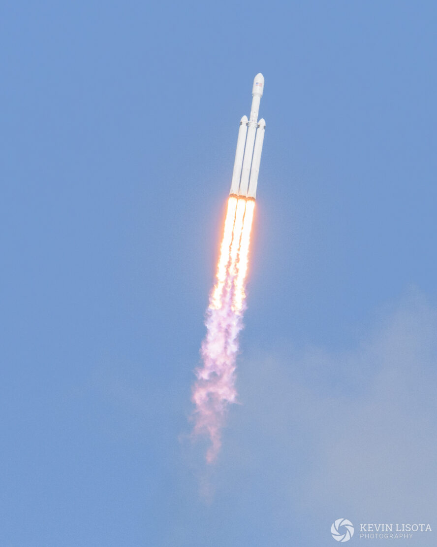 SpaceX Falcon Heavy ascends after liftoff