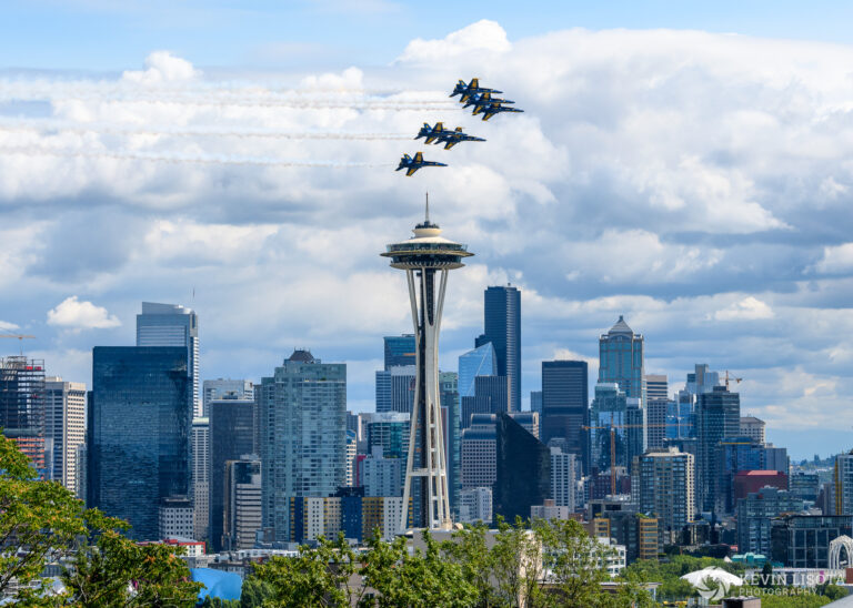 Blue Angels fly over Space Needle- Seafair 2018