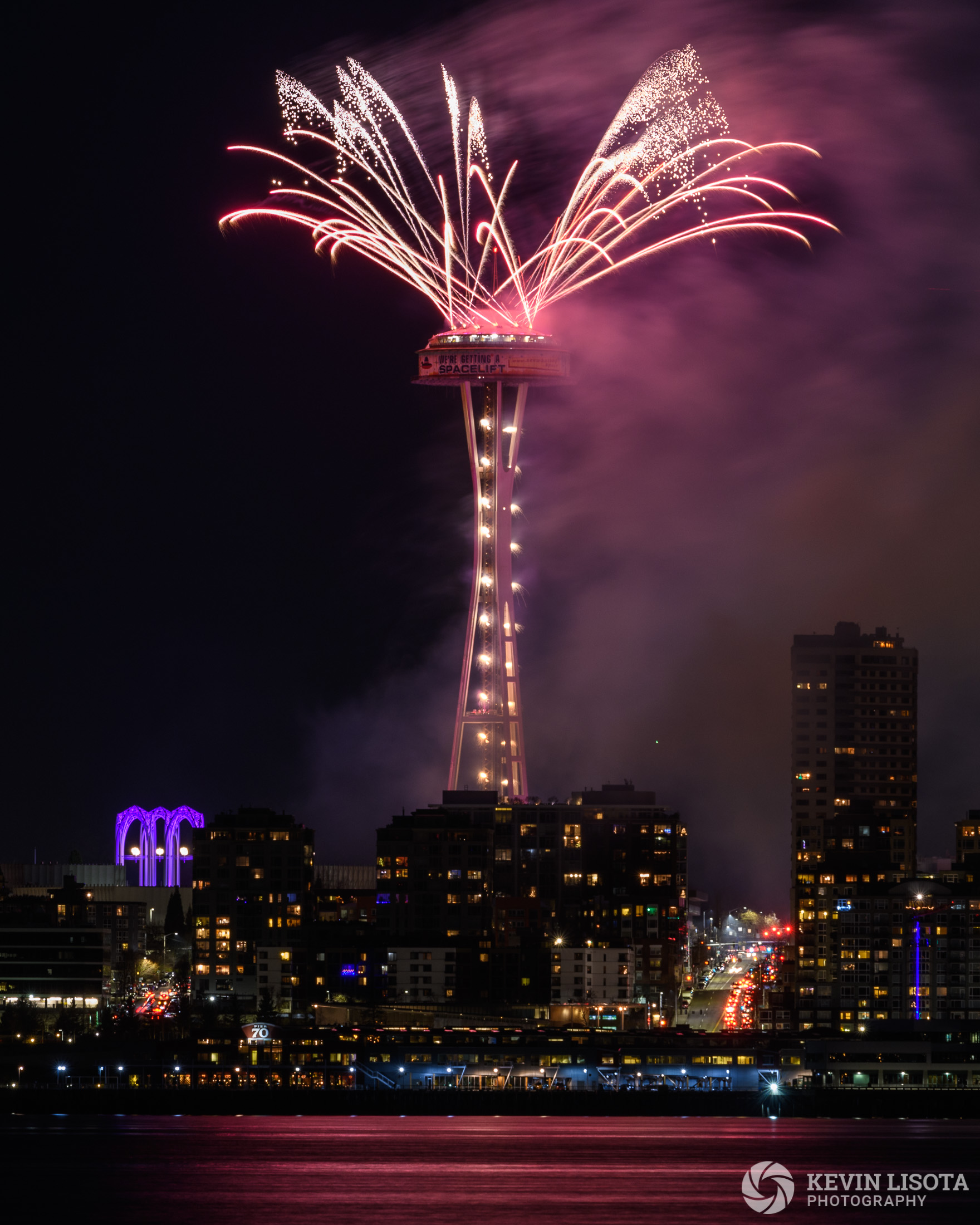 New Year's fireworks at the Space Needle 2018