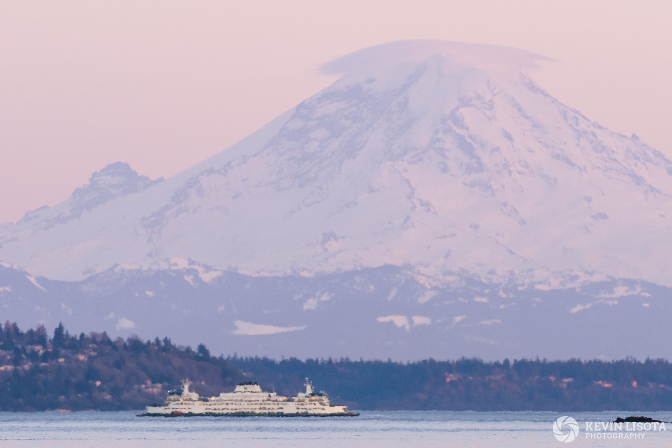 Mt. Rainier & ferry - heat distortion