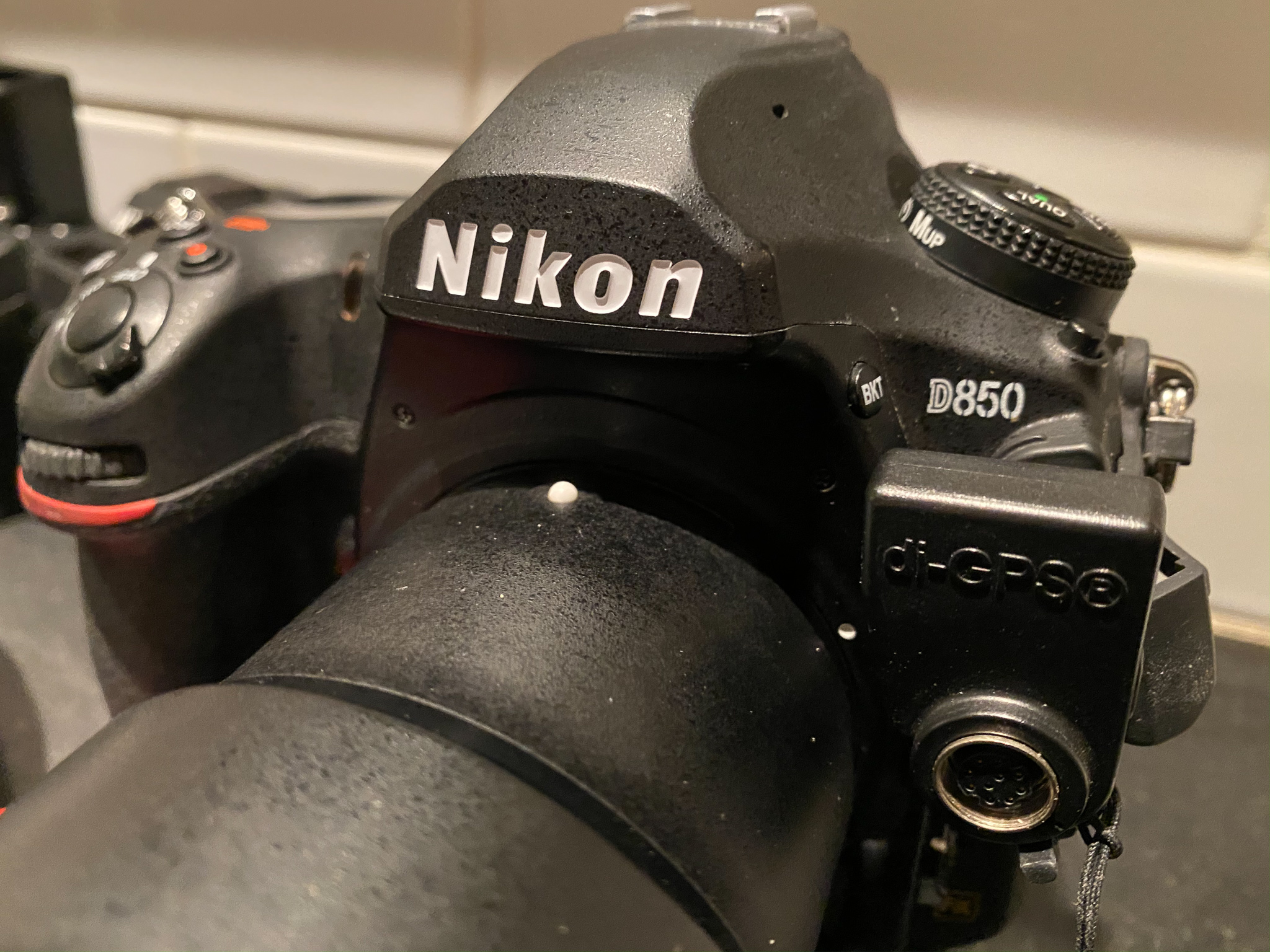 GPS receiver on a Nikon D850 camera
